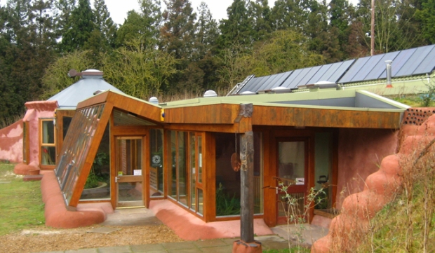 Brighton_Earthship